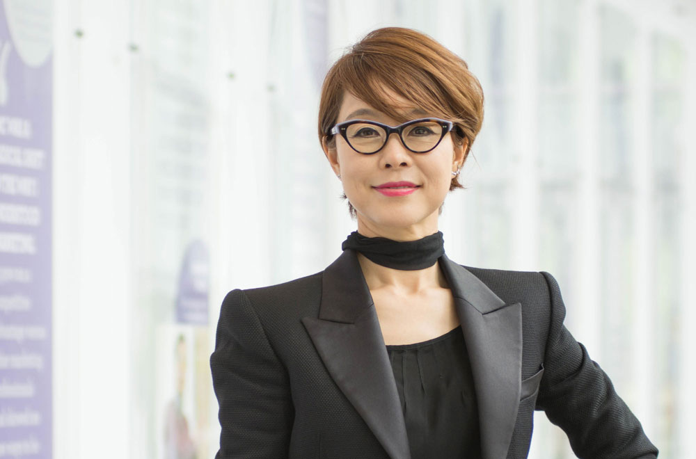 Medill alumnus Younghee Lee