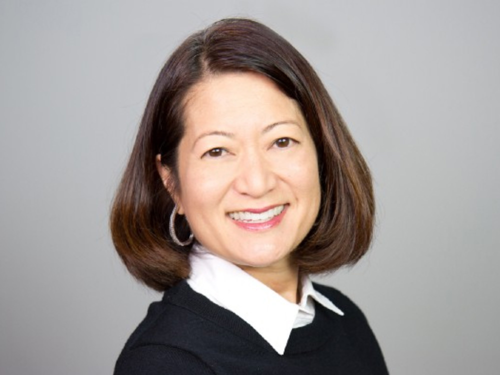 Medill alumna, adjunct lecturer and entrepreneur Mary Lou Song