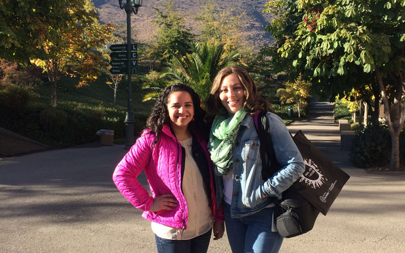 Medill students photograph subjects while reporting in Chile.
