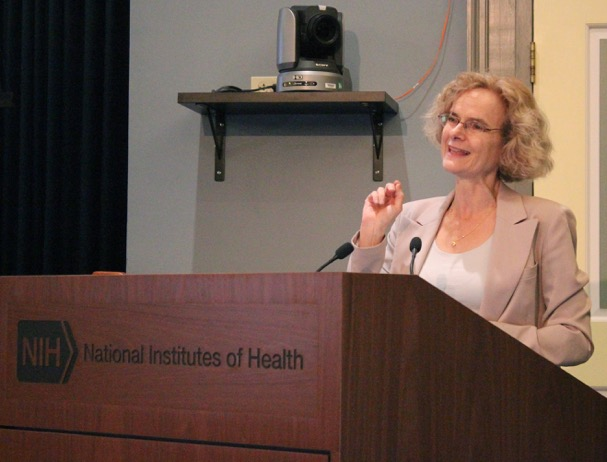 Presenter speaks at Medill's Health Care Reporting Conference